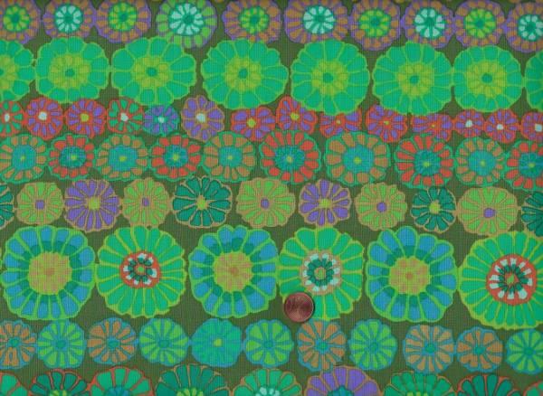 Kaffe Fassett Row Flowers gp169 green