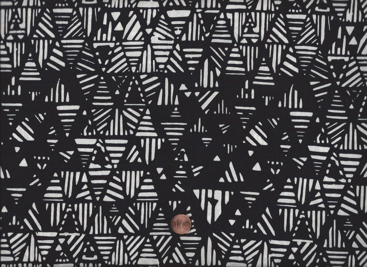 batik dreiecke ethno schwarz wei schwarz und weiss creme stoffe quilt cabin shop. Black Bedroom Furniture Sets. Home Design Ideas